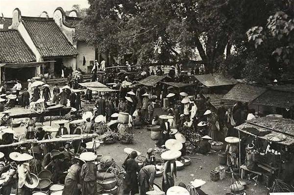 Chợ Việt trong du lịch 01