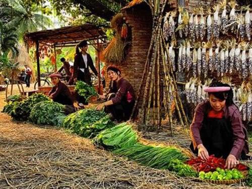 Chợ Việt trong du lịch 03